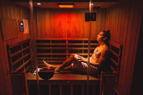 Perspire sauna